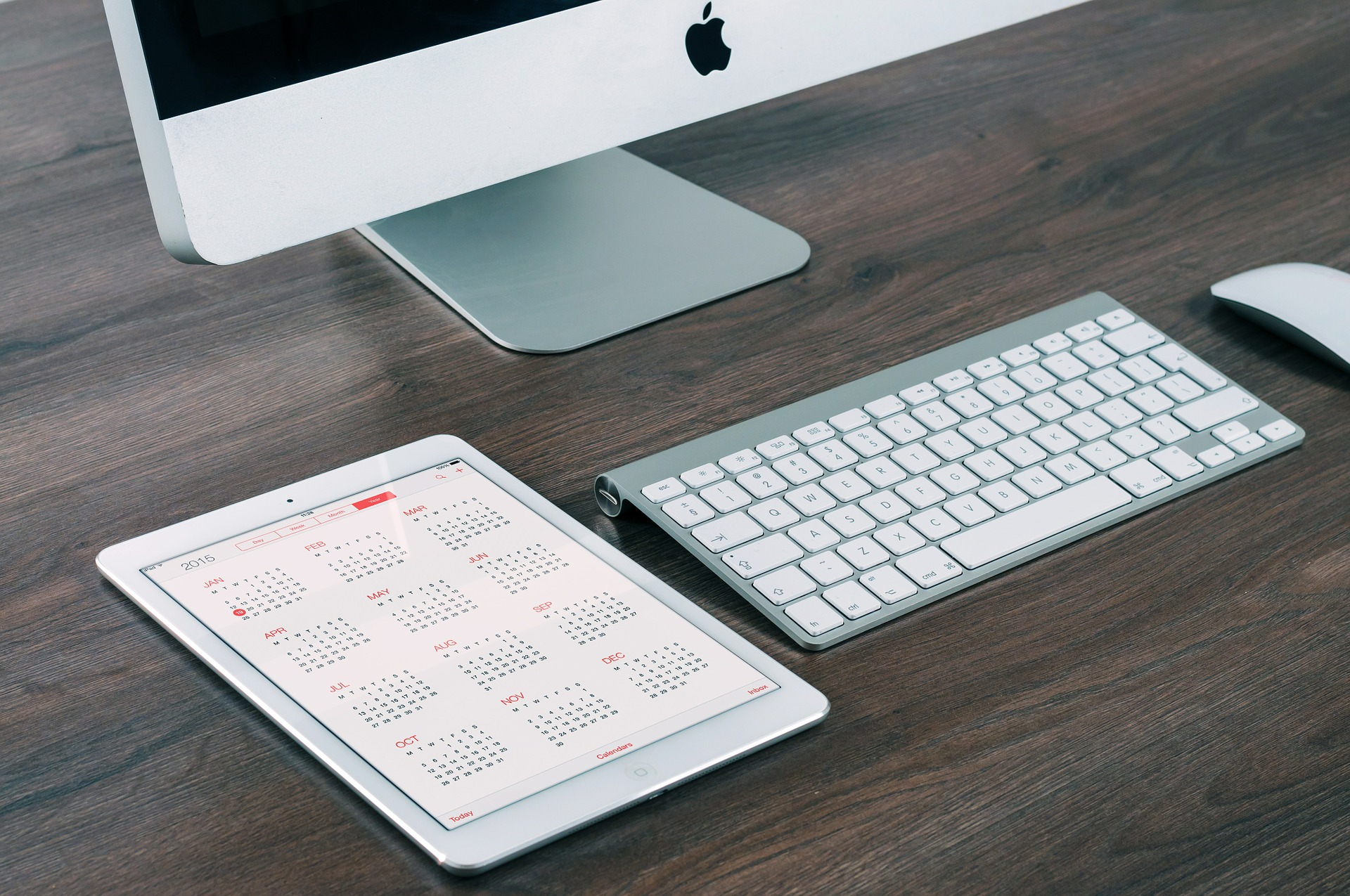 How To Create A Content Calendar (That Saves Time!)